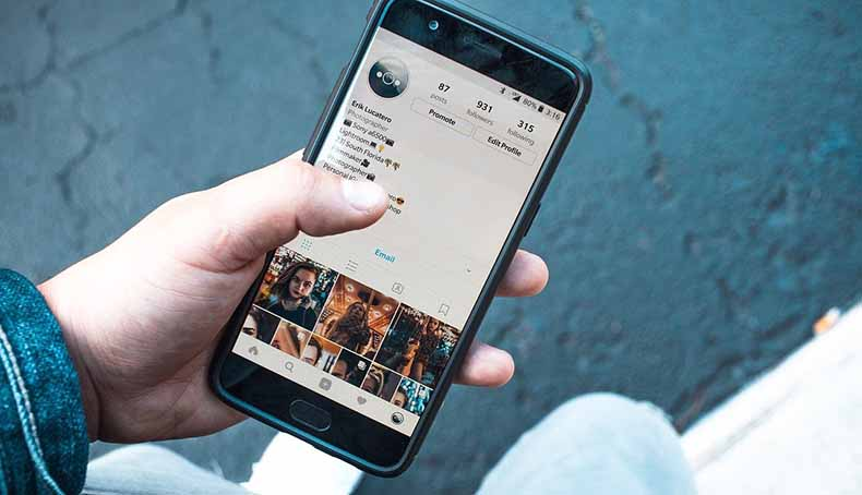 View And Download Instagram Stories