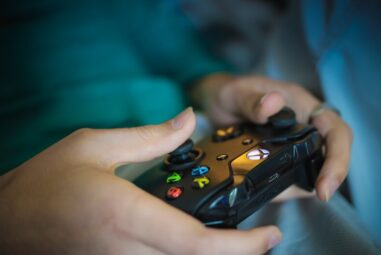 Tips for Gaming Safely as a Family With Your MixAndMatchGifts Purchases